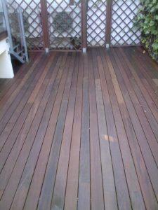 Instalacion y venta en terraza de madera tropical maciza exotica de ipe