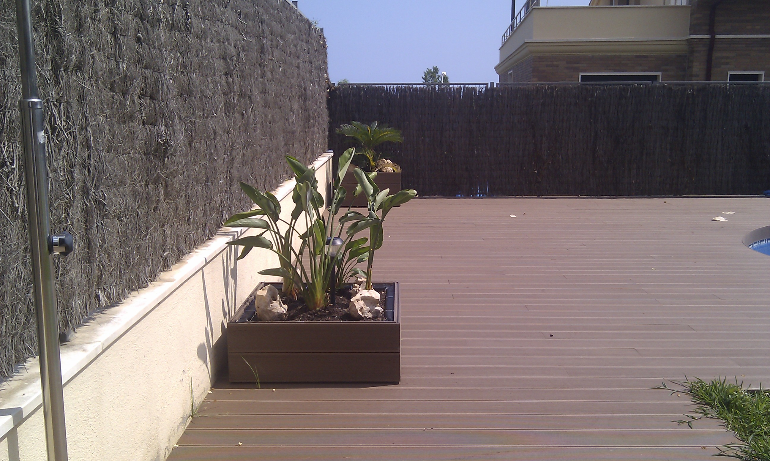 Tarima imitaci n madera sin mantenimiento de exterior en - Imitacion madera para exterior ...