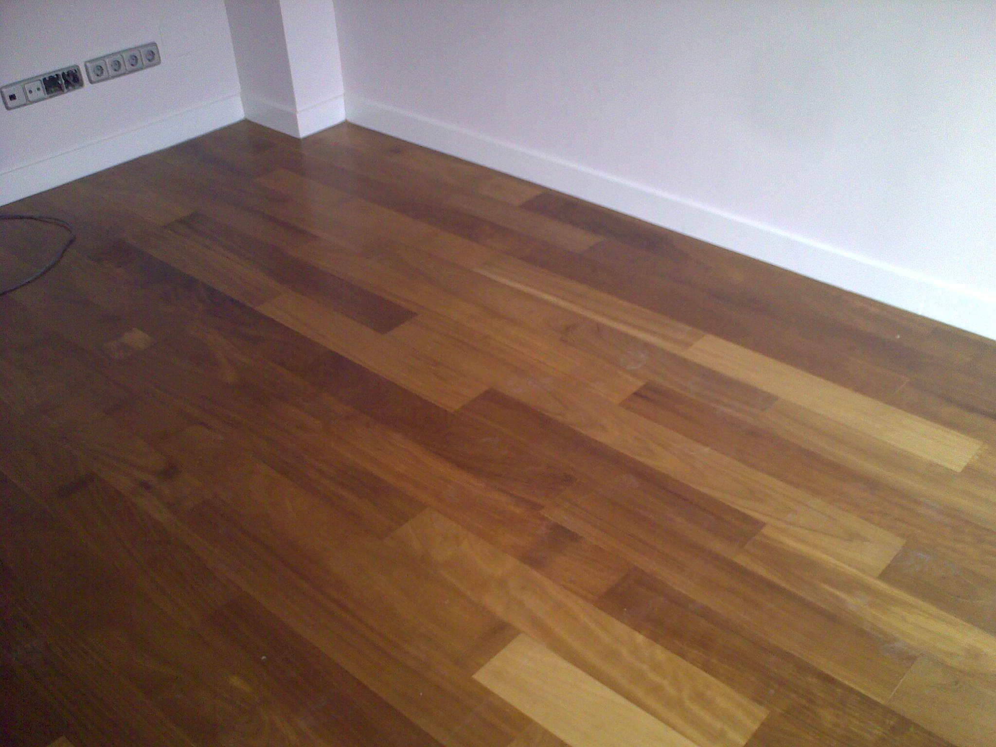 Tarima maciza de iroko de interior topmadera - Tarima madera interior ...